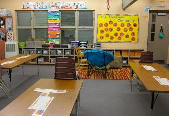 アメリカの小学校 4年生 教室