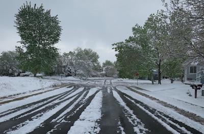 ボルダーの雪 2015年5月10日
