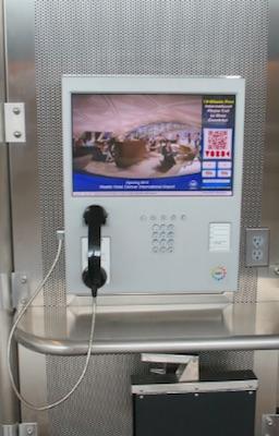 デンバー空港 無料電話