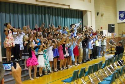 アメリカの小学校の卒業式