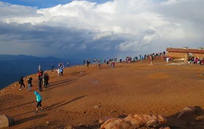 Pikes Peak 頂上