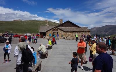 ロッキー山脈国立公園 ビジターセンター