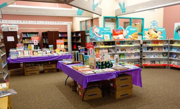 Book Fairア メリカの小学校