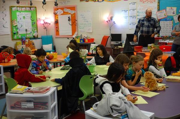 Elementary 3rd grade ハロウィンパーティー