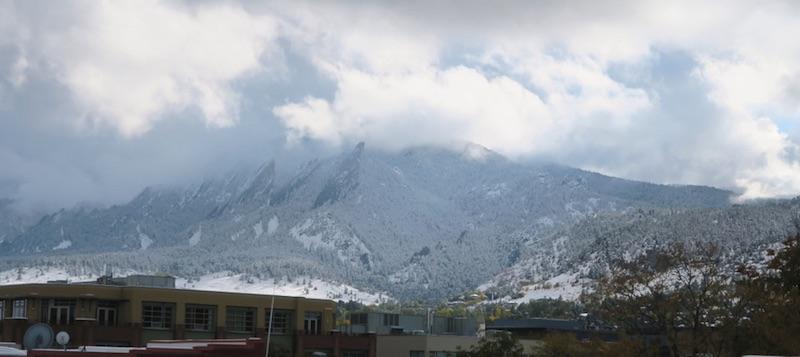 ボルダーの初雪 2017年 Flatirons